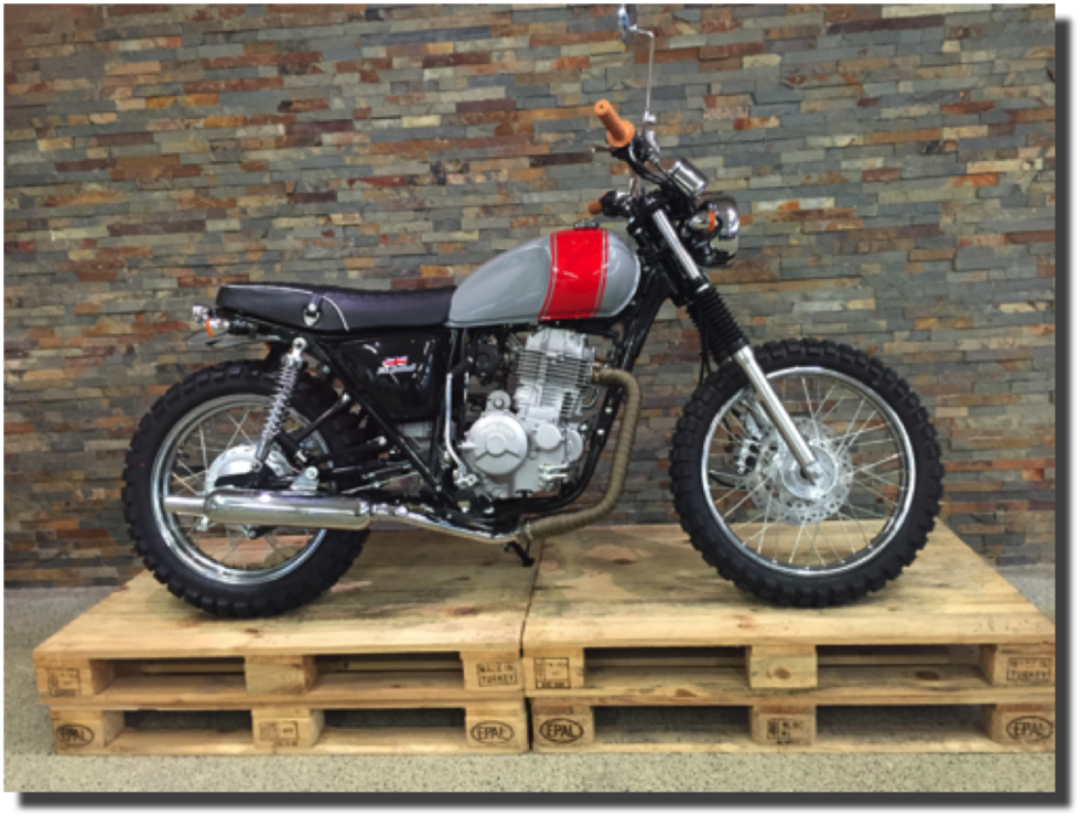Mash Five Hundred Scrambler grau/rot  Motos Wernli Kölliken
